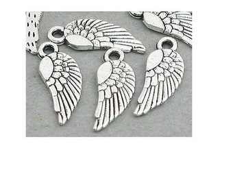 Set of 10 silver angel wing (C78) charms