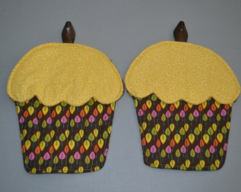 Cupcake Potholders: Fall Leaves - Brown Green Pink Yellow