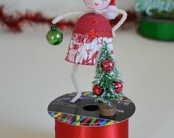 Spun Cotton Ornament / Christmas Ornament / Retro Style / Spun Cotton Santa