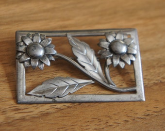 Jewelry Brooch Pin  Vintage Sterling Silver 925   Art Nouveau Floral Brooch Pin 1940s W-106