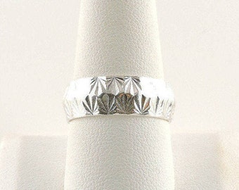 Size 10 Sterling Silver Textured Band Ring