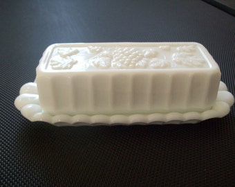 Westmoreland Paneled Grape Butter Dish. Vintage.