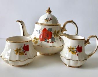 Beautiful Carousel Sadler Teapot, Creamer & Sugar Tea Set