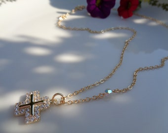 Chain occupied 585 gold filled with cross pendant, sparkling with Strass