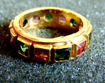 18k Multistone Ring Band,Solid Gold 750 Ring,Gemstone Womens Ring, Pink and Green Tourmalines Ring,18k Gold Jewelry,Artisan Jewellery