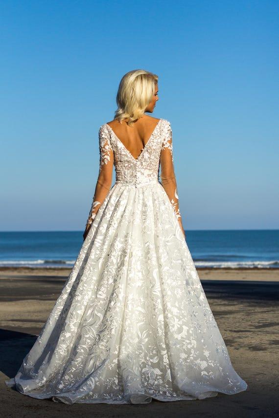 White bridal dress Boho wedding dress with lace White Ball