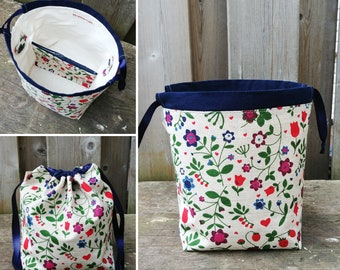 Strawberry and Flower Print Linen Knitting Bag, Sock Knitting Bag, Sock Project Bag for two at a time sock knitting - Sock sack