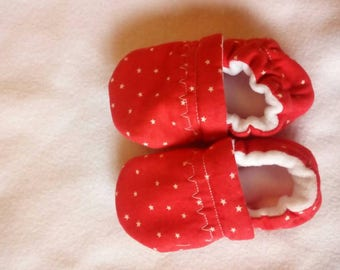 Baby pram shoes 6 to 9 months old, red stars