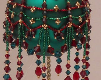 Clover Capers Beaded Ornament cover pattern