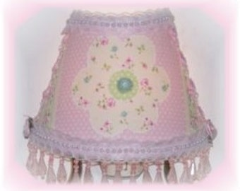 NEW Pink and Yellow Flower NIGHT LIGHT Girlie Girl