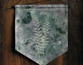 """Fiddlehead Ferns - 9 1/2 x 11 1/2"""" Solar Printed Banner"""