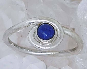 Hand Crafted Sterling Silver Ring, set with Blue Lapis