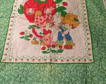 Vintage Strawberry Shortcake Quilt Blanket Huckleberry Pie Pattern American Greetings 1980