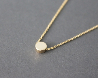 Tiny gold dot necklace - minimal