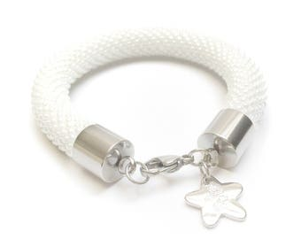 White beaded Bracelet • White bracelet-bead crochet bracelet • white crochet bracelet • Valentine's Day gift