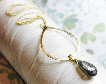14K Gold Fill - Labradorite Hoop necklace / gold necklace / contemporary gold necklace / labradorite pendant / hammered gold necklace