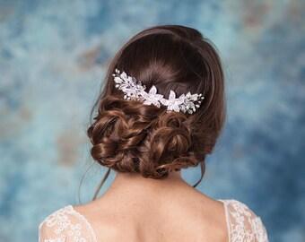 Crystal bridal hair comb Crystal wedding headpiece Pearl bridal comb Wedding hair comb Bridal hair accessory Rhinestone crystal hair comb