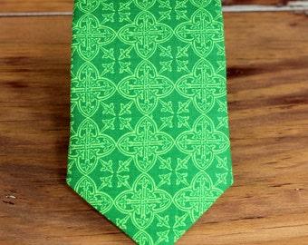 Boys St. Patrick's Day necktie - kelly green print cotton Irish neck tie - infant toddler child preteen little boy - boys Christmas necktie