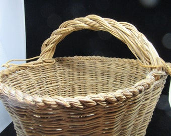 Basket Natural Wicker Vintage Oval Gathering Basket Centerpiece Country Basket Country Decor Piece of History Gift Storage Primitive Basket