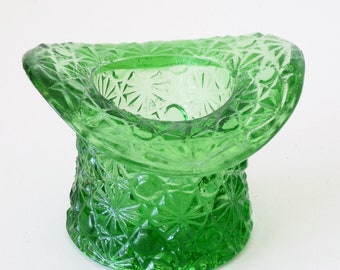 Vintage Emerald Green Daisy and Button Top Hat Toothpick Holder