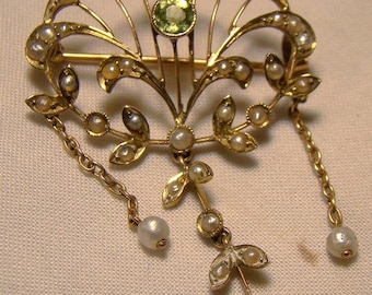 Antique 9K Peridot Seed Pearls Chain Necklace Edwardian 1910 9 k Lavaliere Pendant and Pin
