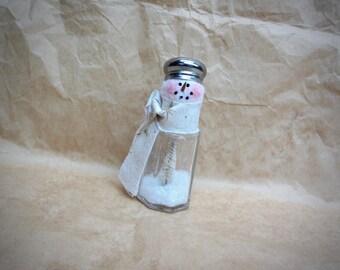 Salt Shaker Snowman | Christmas decoration | Winter decoration | Glass Snowman | Snowman decor |