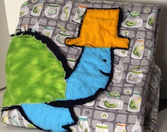 cuddly turtle baby quilt, folk art baby blanket, Michael Miller backyard baby fabric