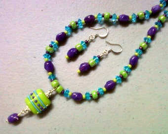 Apple Green, aqua and purple necklace and earrings (0347)
