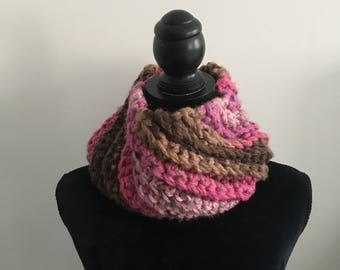 Strawberry & Chocolate Crochet Cowl