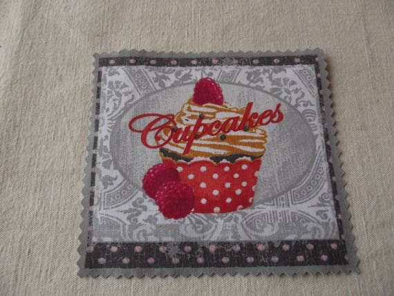 16 - APPLIQUE FUSIBLE COTTON BAKING PASTRY