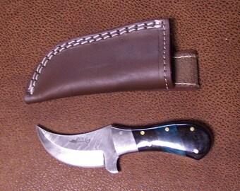 Custom Handmade knife with Damascus Steel Single Edged skinning Style Blade with heavy duty custom leather sheath