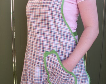 Apron//Aprons for Women//Gingham Apron//Full Apron//Cute Apron//Gift Ideas//Birthday Gift//Gifts for Women//Mother's Day gift//Gift for Mom