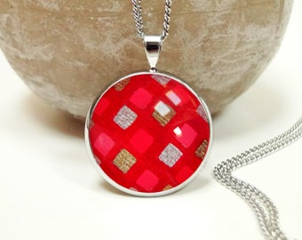 Red necklace with square