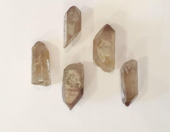 Beautiful Natural LITHIUM QUARTZ POINTS// Quartz Points// Healing Gemstones// Powerful Healing Crystals// from Brazil