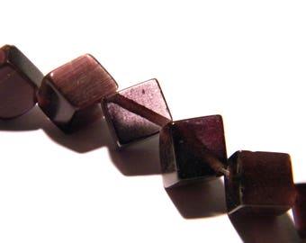 10 beads - cat eye glass cube 11 mm - purple-glass - F22 1 cube
