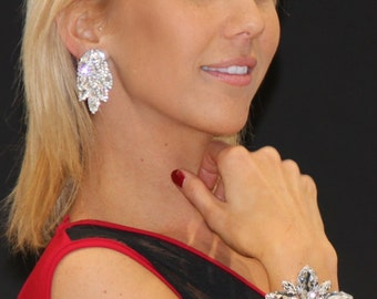 Feather Clip On Earrings with Austrian Swarovski Crystals. Glamorous Statement Large Earrings. Bridal Earrings. 2 Sizes.