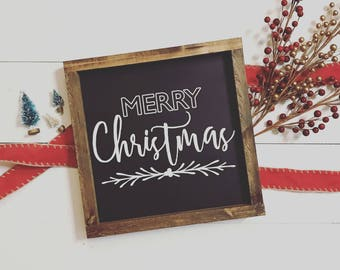 Black & white Merry Christmas wood sign