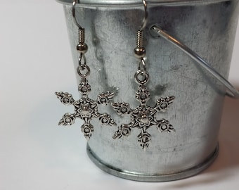 Large Snowflakes Earrings