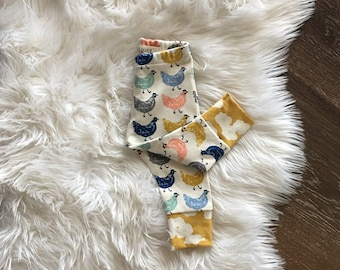 Chicken Organic baby clothes, baby girl clothes, leggings, newborn coming home outfit, girl leggings, printed leggings, 0-3 months, 3-6