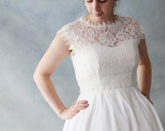 Amazing Romantic Full Front Ivory white Lace Wedding Bolero Top Jacket with button back