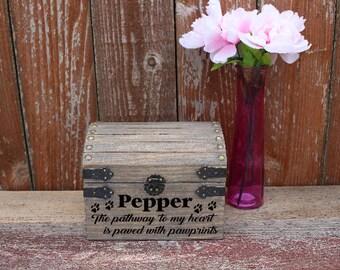 Pet Memorial Box, Pet Memorial, Memorial Box, Personalized Pet Memorial Box, Pet Memory Box, Memory Box, Memorial Storage Box, Memorial Box