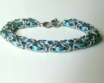 Elegant Silver and sky blue byzantine bracelet - Adjustable bracelet for all ages - Elegant jewelry - Date night jewelry - Free Shipping!!