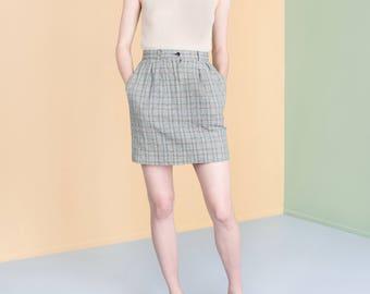 PLAID MINI SKIRT linen vintage Pockets tan classic High Waist 90S / Size 6 / waist 27 inch