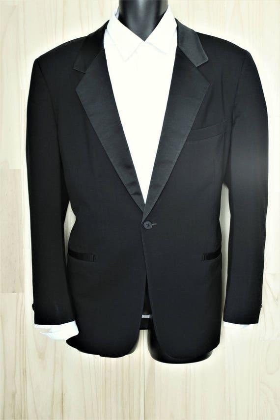 First Nighter Tuxedo Jacket/ c. 1970s/ Men's Vintage Formal Wear/ Black Wool Dinner Jacket pUb0QJLVK5