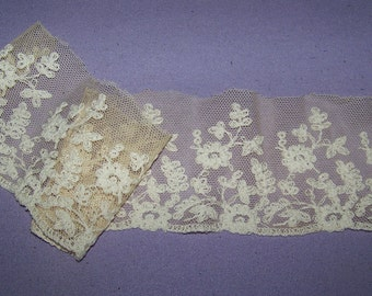 Antique Cotton Tambour Lace Dimensional Cream Trim Fancy Millinery Boudoir Lingerie