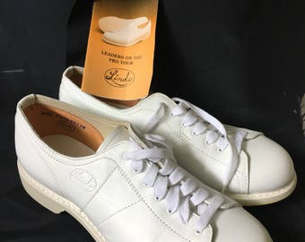 Vintage Linds Ladies Classic Women's Professional Bowling Shoes White Genuine Top Grain Leather, Size 6 1/2B