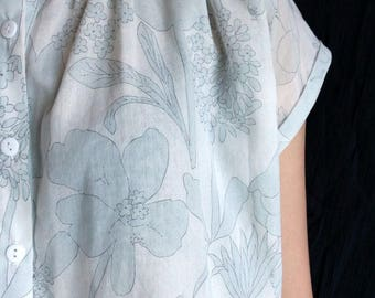 HIKARI BLOUSE (Made with Japanese-made fabric, limited-edition) last one in stock(size Regular)