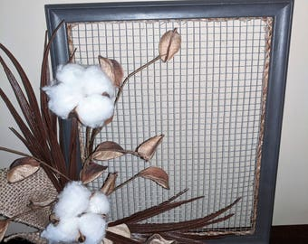 Rustic Cotton Bolls in Wood Wire Frame