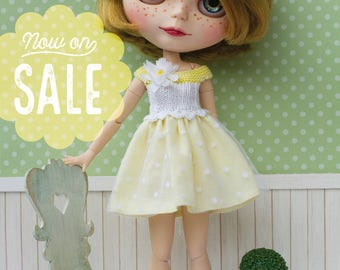 SALE! Blythe dress, yellow and white with fabric flower