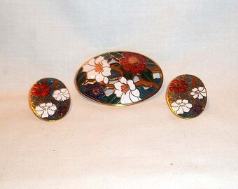 Vintage Cloisonne Style Pin Brooch and Matching Clip on Earrings - Red, White and Blue Flowers with Green/Teal Leaves